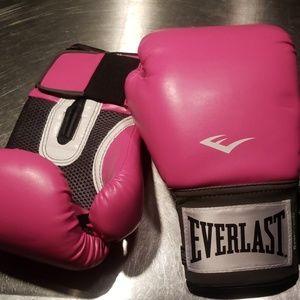 Everlast women's boxing gloves 12oz